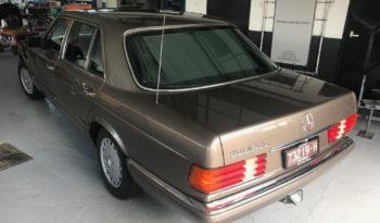Mercedes 560 SEL vol